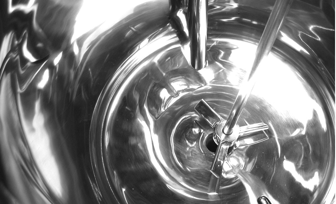 Polished stainless steel vessel